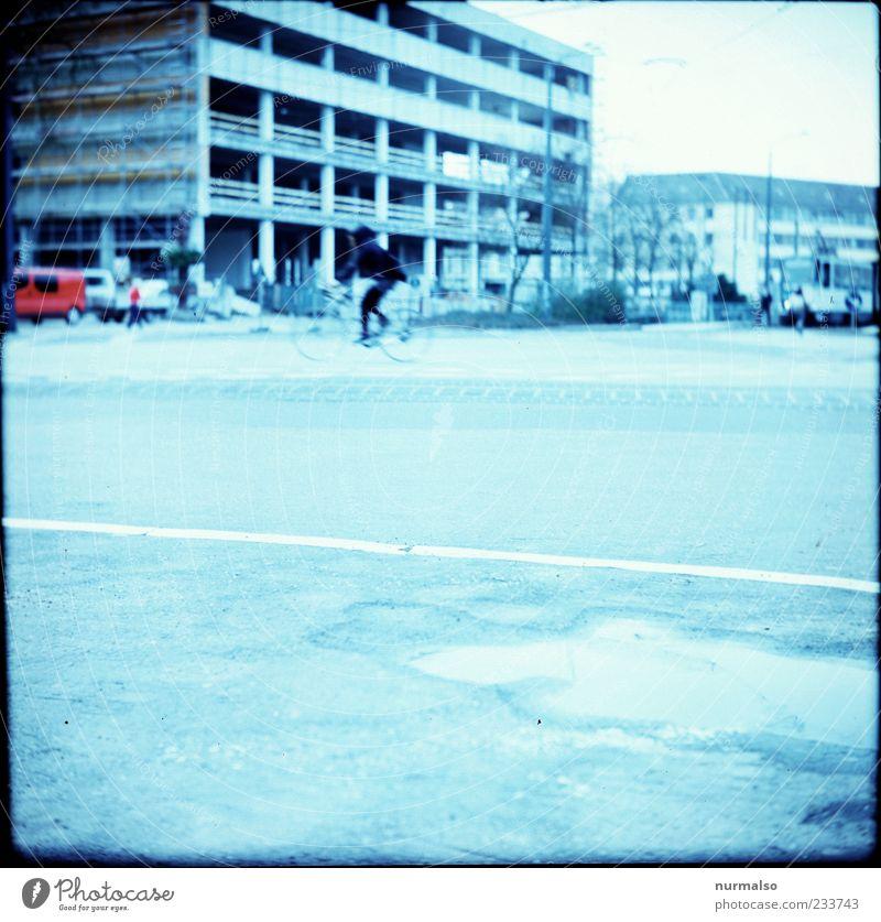 FH Bibo Mensch Stadt Haus Straße Umwelt Architektur Gebäude Kunst Freizeit & Hobby Verkehr Hochhaus ästhetisch Wachstum Baustelle Asphalt Bauwerk