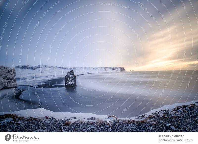 Kap Dyrhólaey, Vik, Island Landschaft Ferien & Urlaub & Reisen Küste Langzeitbelichtung Wolken Winter Reisefotografie Schnee Klippe Farbfoto Außenaufnahme