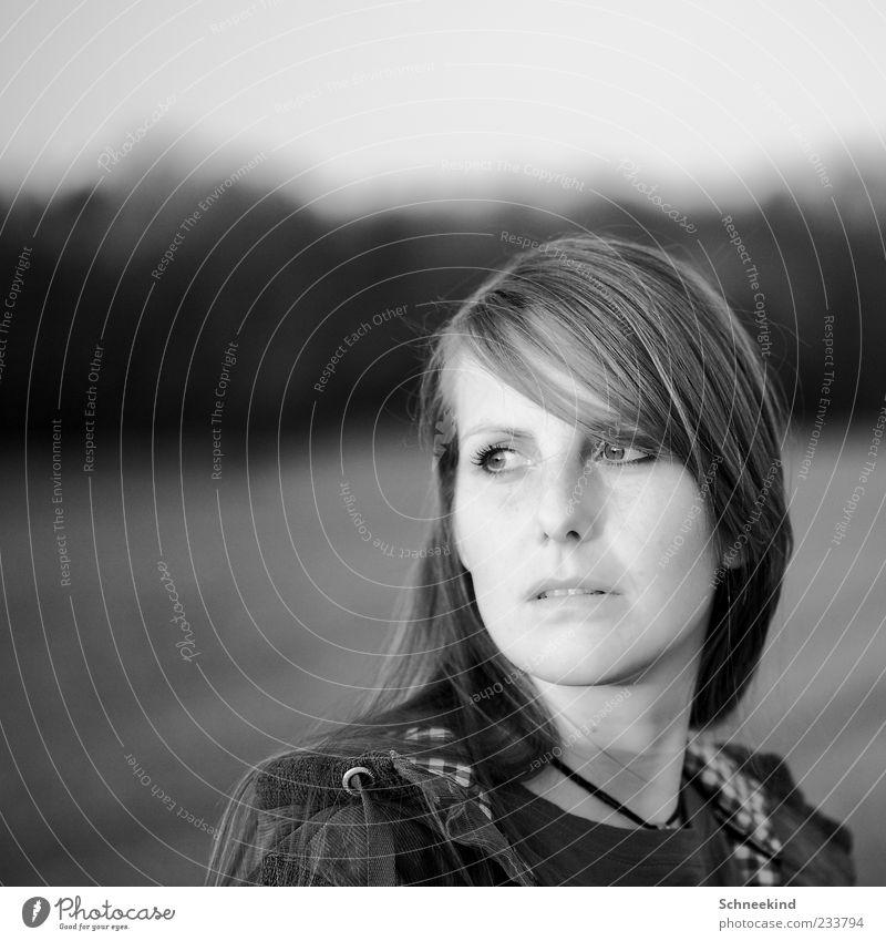 S/W Mensch feminin Junge Frau Jugendliche Erwachsene Haut Kopf Haare & Frisuren Gesicht Auge Nase Mund Lippen Zähne 1 18-30 Jahre Porträt schön Blick