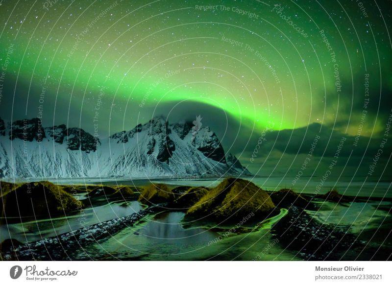Nordlichter über Vestrahorn, Island Natur Ferien & Urlaub & Reisen grün Landschaft Wolken Berge u. Gebirge Umwelt Küste Abenteuer Gipfel geheimnisvoll