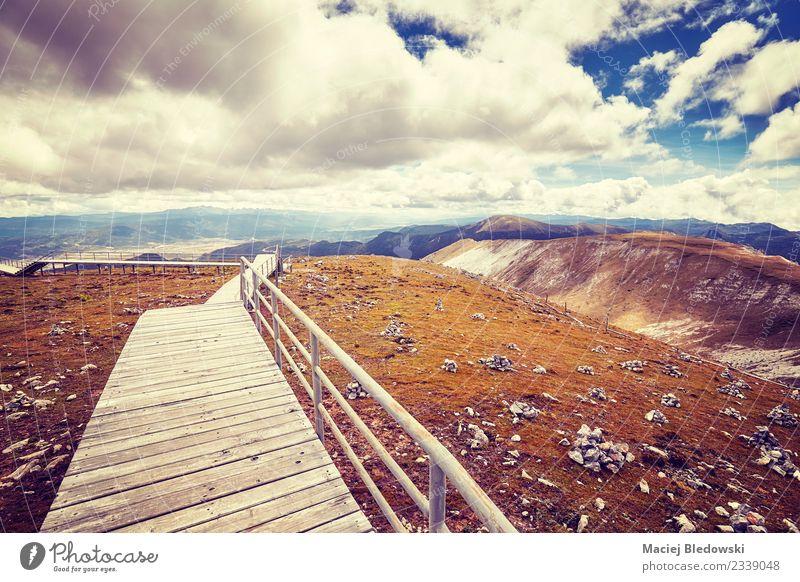Himmel Natur Ferien & Urlaub & Reisen Landschaft Ferne Berge u. Gebirge Tourismus Freiheit Ausflug Horizont Abenteuer einzigartig Hügel Asien Sightseeing China