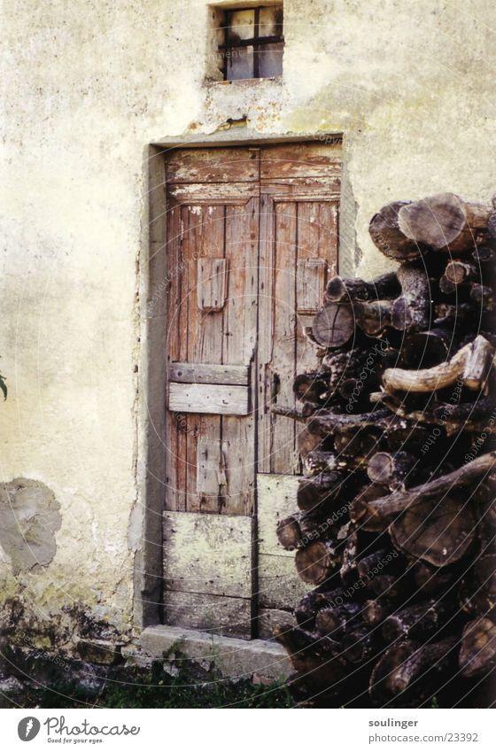 tuscanian_hut Holz Haus verfallen Häusliches Leben Tür Detailaufnahme Idylle