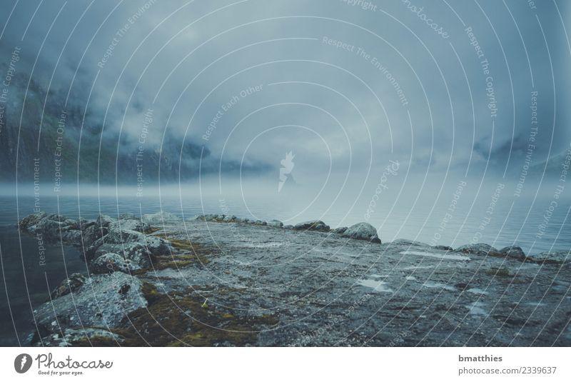 Norwegen Fjord Wolken Umwelt Natur Landschaft Urelemente Erde Wasser Wassertropfen Himmel Gewitterwolken Klima Wetter schlechtes Wetter Unwetter Wind Sturm