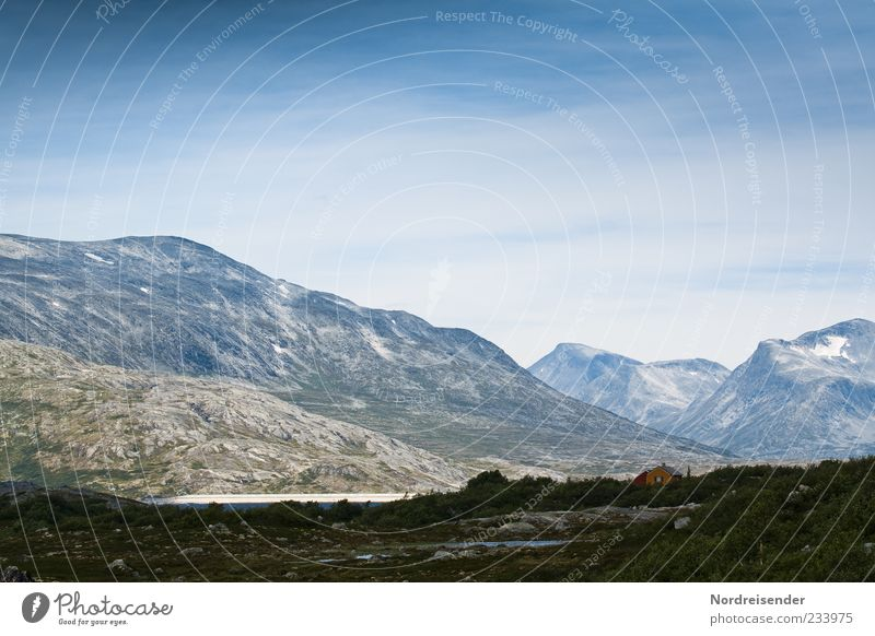 Skandinavische Bergwelt Erholung ruhig Ferne Freiheit Berge u. Gebirge Umwelt Natur Himmel Sommer Klima Schönes Wetter Felsen Gipfel Schlucht gigantisch kalt