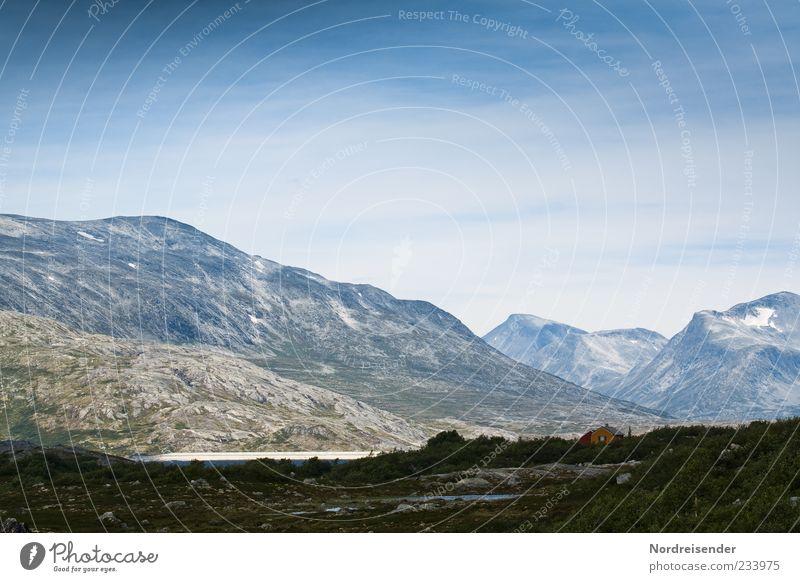 Skandinavische Bergwelt Himmel Natur blau Sommer Einsamkeit ruhig Ferne Erholung Umwelt Landschaft kalt Berge u. Gebirge Freiheit Felsen Klima außergewöhnlich