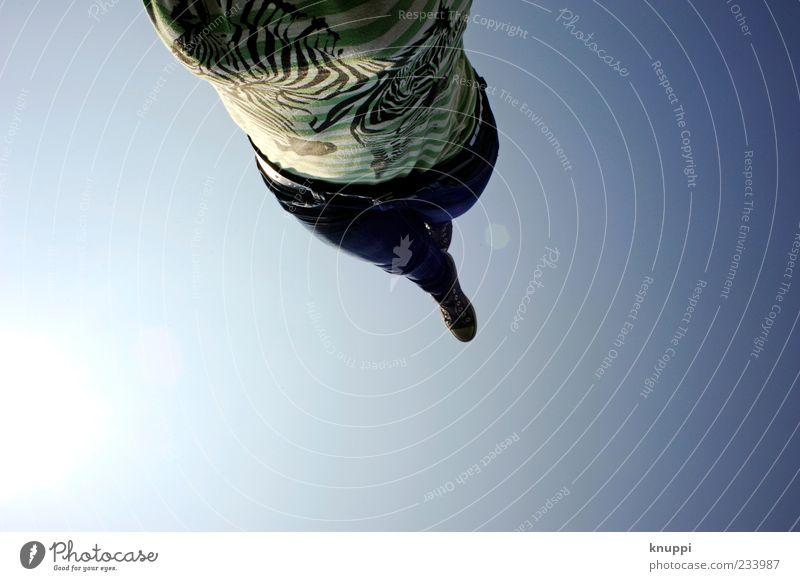Handstand Mensch Frau Jugendliche blau grün Erwachsene Leben feminin oben Beine Freizeit & Hobby wild T-Shirt Junge Frau Jeanshose Schönes Wetter