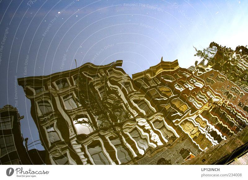 AM STER DAM III Wasser Stadt Sommer Haus Umwelt Fenster Architektur Bewegung Gebäude Wellen Wohnung Fassade Europa Fluss Schönes Wetter bizarr