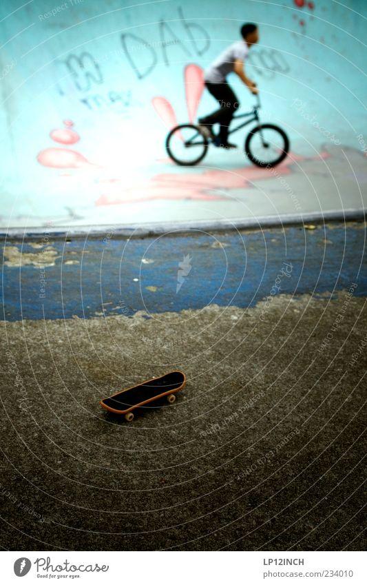 AM STER DAM IV Mensch Kind Mann Jugendliche Freude Erwachsene Sport Graffiti klein springen Park Kindheit Fahrrad Angst Freizeit & Hobby Beton