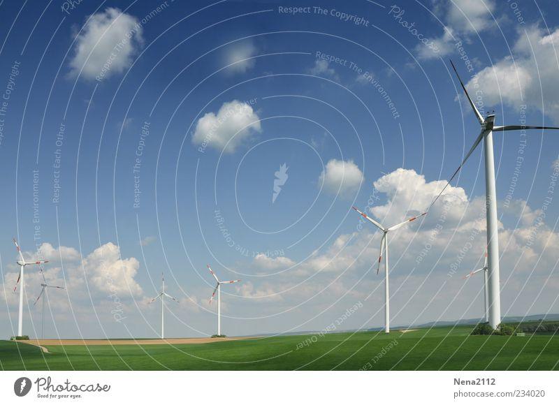 Windpower Himmel blau grün Wolken Umwelt Wetter Energiewirtschaft Klima Schönes Wetter Windkraftanlage ökologisch Umweltschutz Windrad Erneuerbare Energie