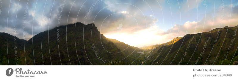 valle schön Ferien & Urlaub & Reisen Ferne Landschaft Berge u. Gebirge Erde Sonnenaufgang Wolkenhimmel Stimmungsbild Sonnenlicht