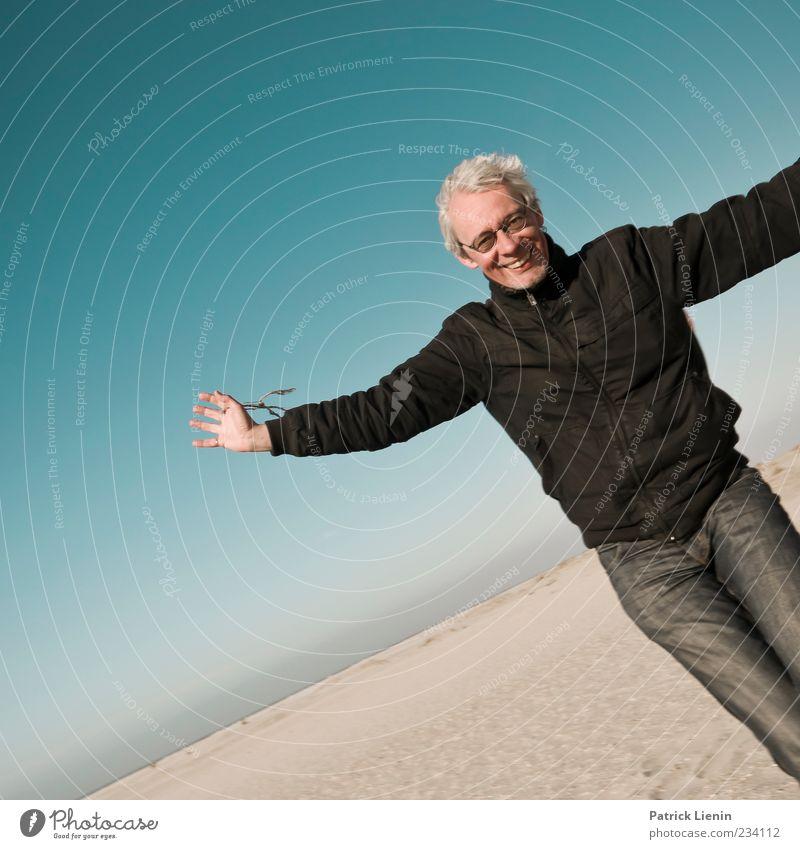 Spiekeroog   Lust for Life Freude Leben Strand Meer Mensch maskulin Mann Erwachsene 45-60 Jahre Umwelt Natur Sand Himmel Wetter Schönes Wetter Bewegung