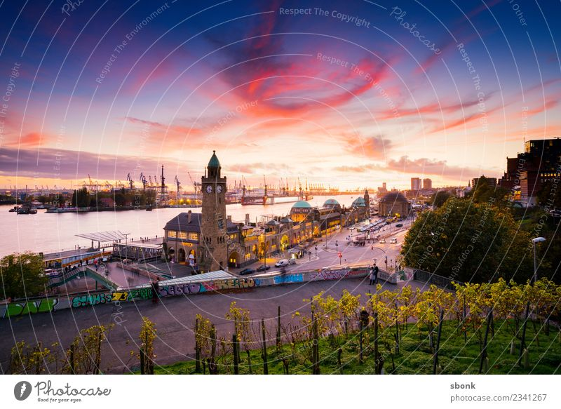 Hansestadt Abendpanorama Ferien & Urlaub & Reisen Stadt Architektur Gebäude Deutschland Hamburg Sehenswürdigkeit Bauwerk Skyline Hafenstadt Großstadt