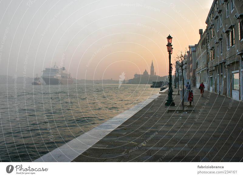 Stadt grau Trinkwasser Romantik Italien Venedig Hafenstadt