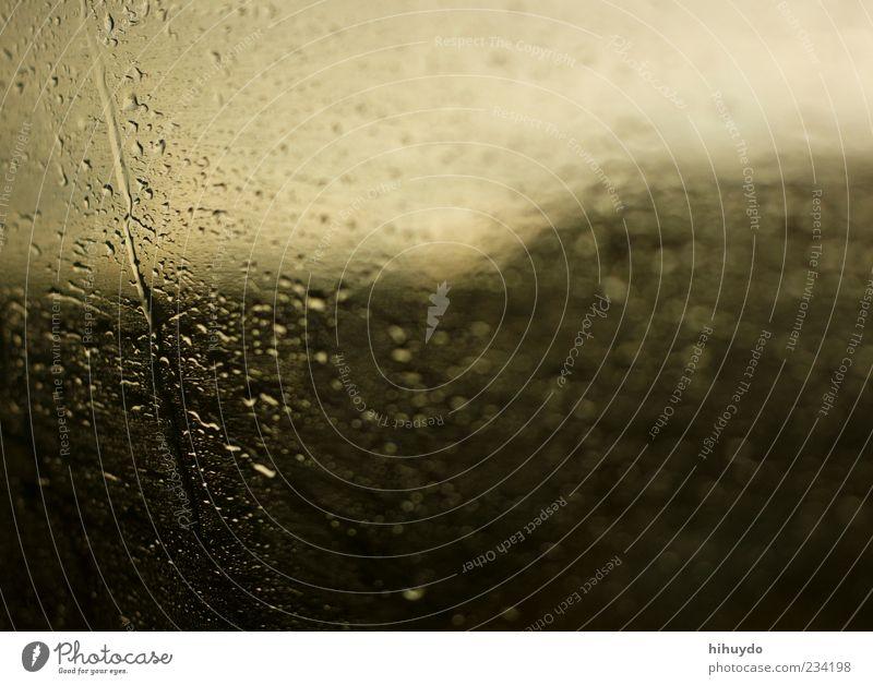 finally it's raing Wasser Wassertropfen schlechtes Wetter Unwetter Wind Sturm Regen Gewitter Verkehrsmittel Tropfen Farbfoto Innenaufnahme Menschenleer