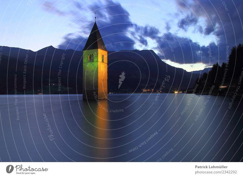 Geflutet Ferien & Urlaub & Reisen Tourismus Sommer Umwelt Natur Landschaft Wasser Himmel Wolken Berge u. Gebirge Seeufer Reschensee Südtirol Vinschgau Italien