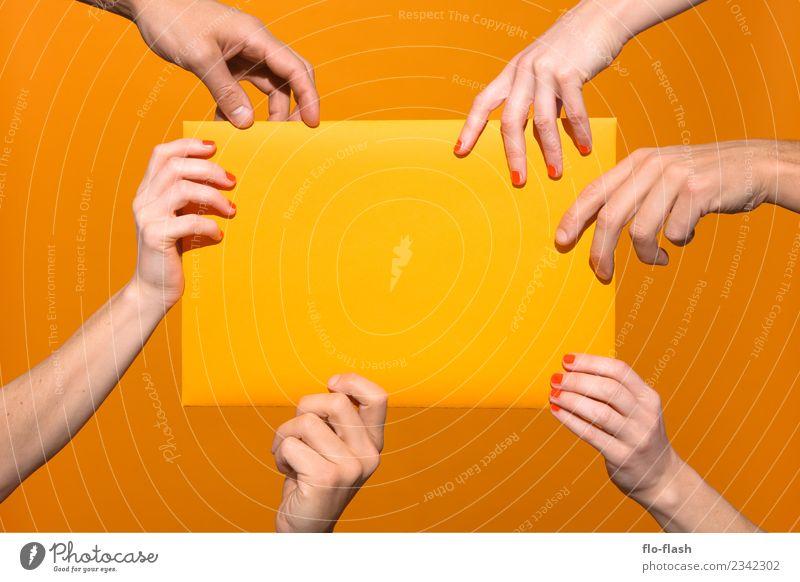 QUOTE · WEIBER & KERLE Mensch schön Hand Erotik Freude gelb feminin Stil Menschengruppe orange Freizeit & Hobby maskulin Geburtstag Erfolg kaufen planen
