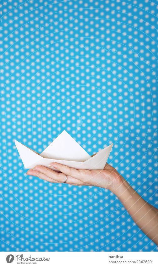 Ferien & Urlaub & Reisen blau weiß Hand Hintergrundbild Spielen Tourismus Design Freizeit & Hobby Zufriedenheit träumen retro frei ästhetisch Kreativität