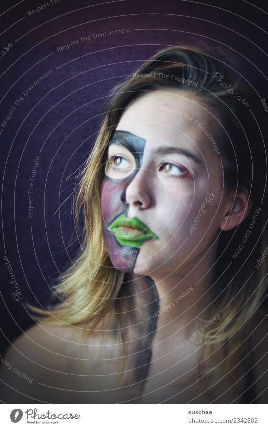 teilweise violett Jugendliche Junge Frau Kind Mädchen 13-18 Jahre weiblich jung Blick Wegsehen Auge Nase Mund Haare & Frisuren Gesicht Schminke Körpermalerei