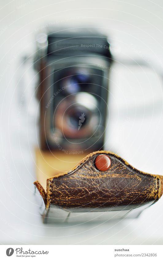 alte schönheit Lifestyle retro ästhetisch Vergänglichkeit Fotografie Vergangenheit Fotokamera analog Leder Fotografieren gebraucht zeitlos Fototechnik