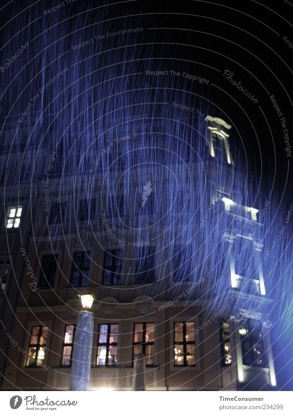 Why does it always rain on me? Dresden Altstadt Gebäude Mauer Wand Fassade Fenster blau Außenaufnahme Menschenleer Nacht Licht Kontrast Lichterscheinung