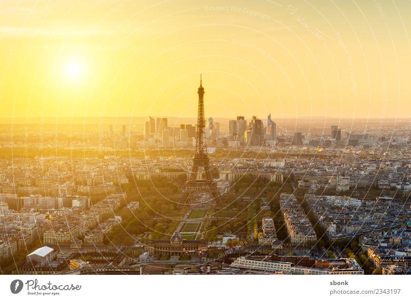 Leuchtendes Paris paris Stadt Hauptstadt Skyline Sehenswürdigkeit Wahrzeichen Denkmal Tour d'Eiffel Ferien & Urlaub & Reisen Eiffeltower Großstadt France French