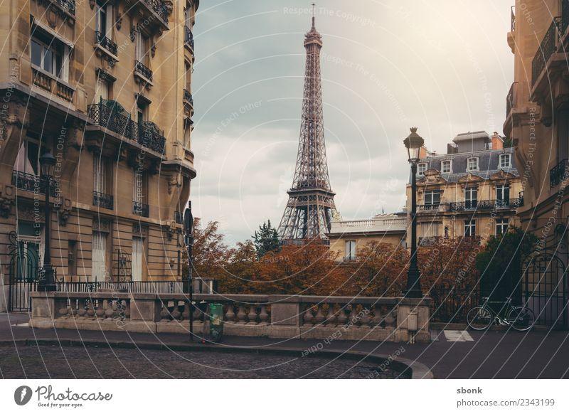Paris Herbstromantik Stadt Hauptstadt Stadtzentrum Skyline Sehenswürdigkeit Straße Ferien & Urlaub & Reisen Eiffeltower Großstadt France French architecture