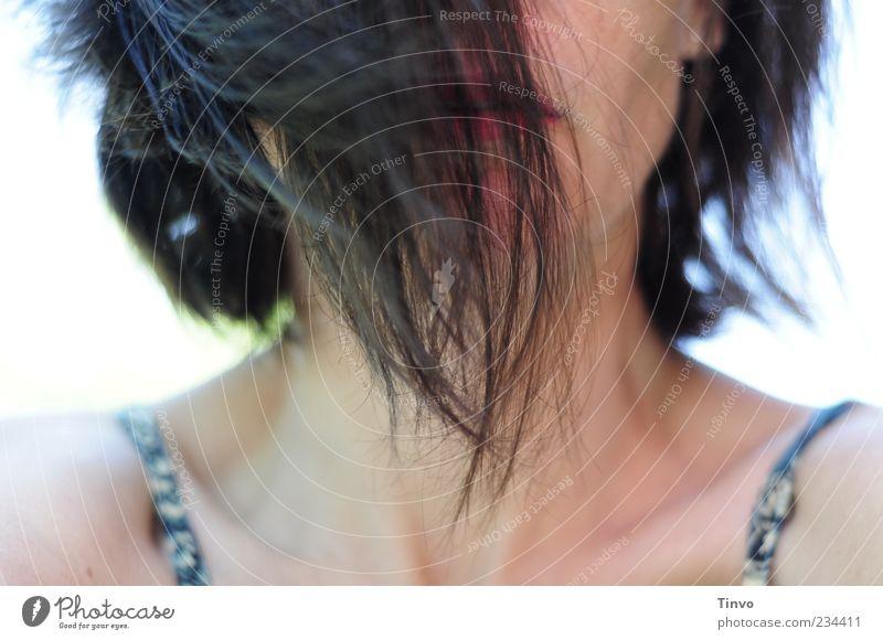 Everybody's Got Something To Hide feminin Junge Frau Jugendliche Haare & Frisuren 1 Mensch Gefühle chaotisch geheimnisvoll verstecken Haarsträhne brünett