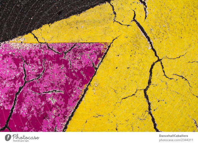Die wunderbare Welt der Geometrie l 7 Straße Wege & Pfade mehrfarbig gelb rosa kaputt Spitze aufwärts Strukturen & Formen Farbe Asphalt Hintergrundbild
