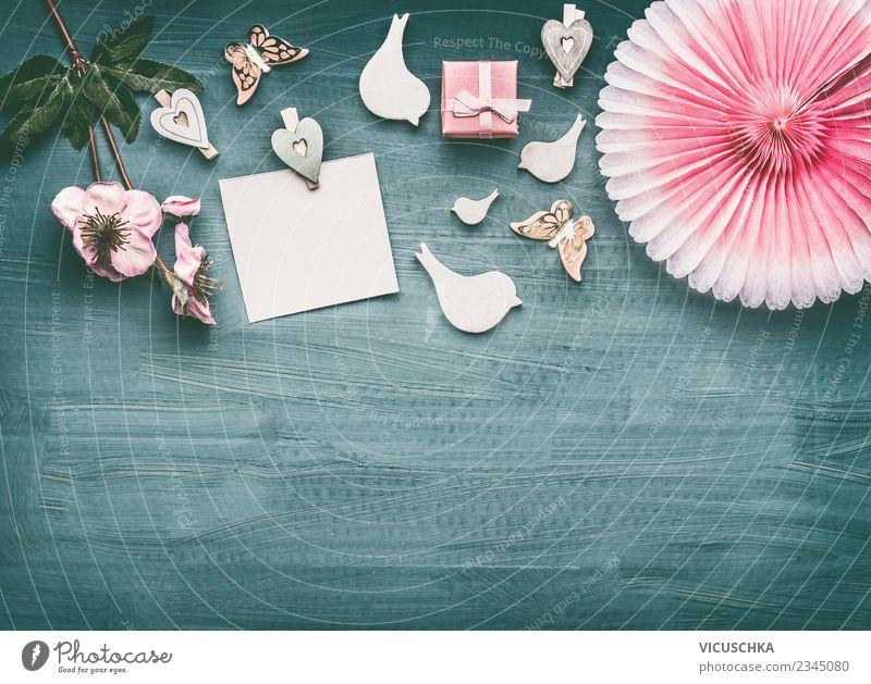 Composing mit Grußkarte, Blumen und Geschenk Hintergrundbild feminin Stil Party Feste & Feiern rosa Design retro Dekoration & Verzierung Geburtstag Hochzeit