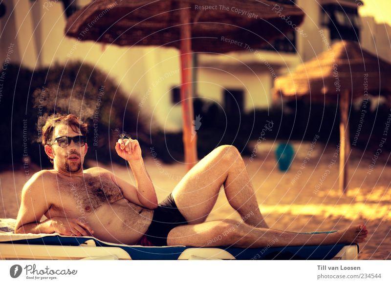 sexy ass motherfucker 2.0 Mensch maskulin Mann Erwachsene Körper 1 30-45 Jahre Sand Holz ästhetisch Coolness frei heiß blau gelb schwarz weiß selbstbewußt