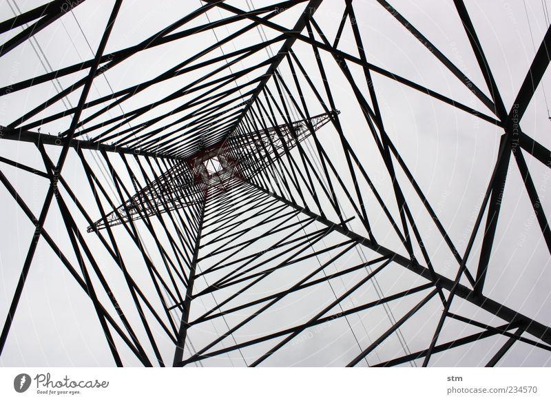 energie Kraft Energiewirtschaft Ordnung hoch Energie Elektrizität ästhetisch Netzwerk Industrie Turm Technik & Technologie rein Bauwerk Stahl Strommast Spannung