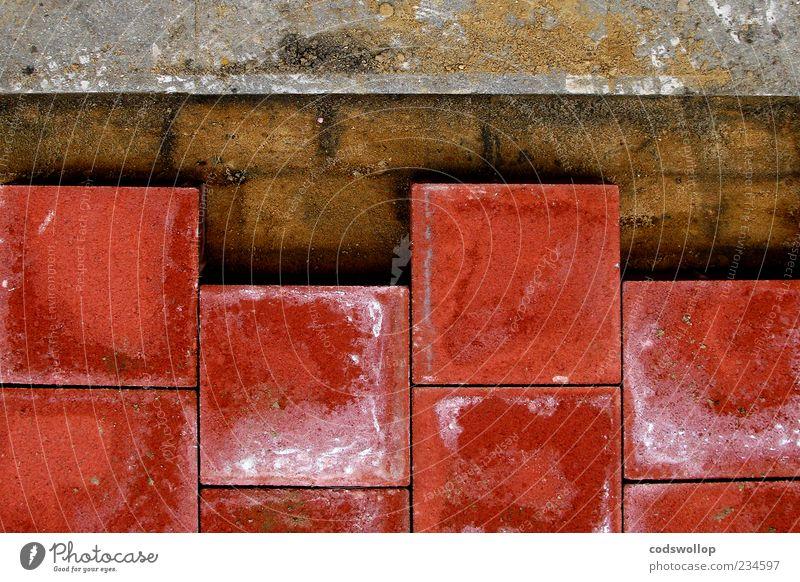 vyvyan is bored Bodenplatten Bodenbelag unvollendet Straßenbau Bürgersteig Fahrradweg Wiederholung Farbfoto Ordnung Vogelperspektive
