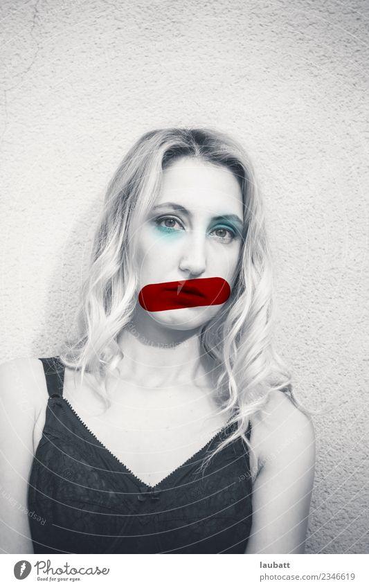 Frau Jugendliche Junge Frau Einsamkeit Erwachsene feminin Business bedrohlich Partnerschaft Fürsorge Erfahrung Entschlossenheit Emanzipation