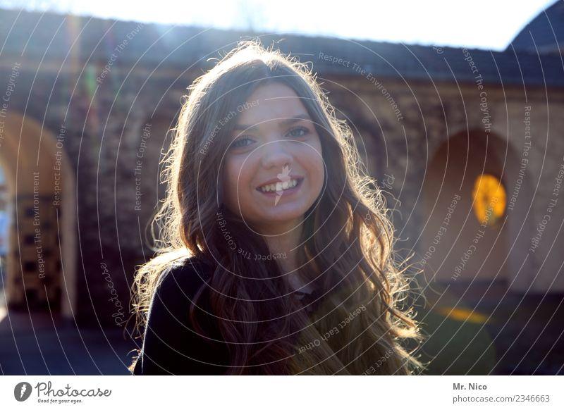 my girl schön feminin Jugendliche 1 Mensch 13-18 Jahre brünett langhaarig Lächeln lachen Glück Fröhlichkeit Zufriedenheit Lebensfreude Warmherzigkeit Sympathie