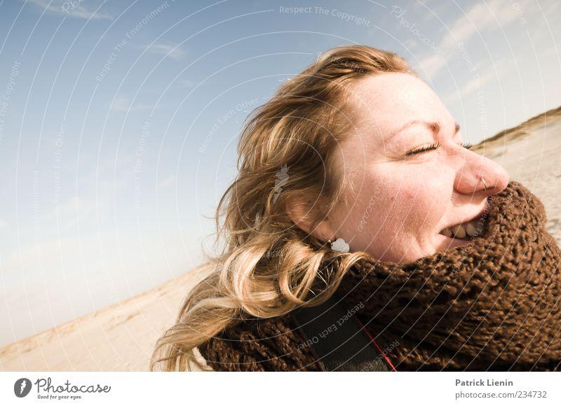 Spiekeroog | sunny smile Mensch Frau Natur Jugendliche Ferien & Urlaub & Reisen Sonne Strand Gesicht Erwachsene Ferne Umwelt Landschaft Gefühle Freiheit Kopf