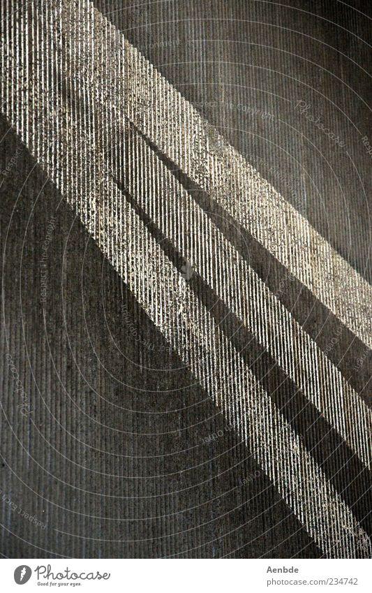 Asphaltstreifen Straße ästhetisch Fahrbahnmarkierung graphisch Farbstoff Streifen Strukturen & Formen rau Schwarzweißfoto Außenaufnahme Menschenleer Tag