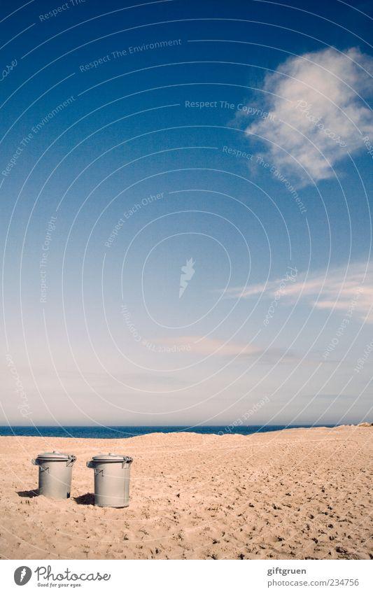 urlaub zu zweit Himmel Natur Wasser Meer Strand Wolken Ferne Umwelt Landschaft Sand Küste Horizont paarweise Urelemente Müll Schönes Wetter