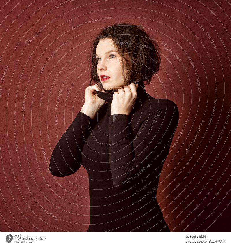 Light Mensch feminin Junge Frau Jugendliche Erwachsene 1 18-30 Jahre Mode Bekleidung Pullover brünett rothaarig Locken außergewöhnlich schön schwarz Gefühle