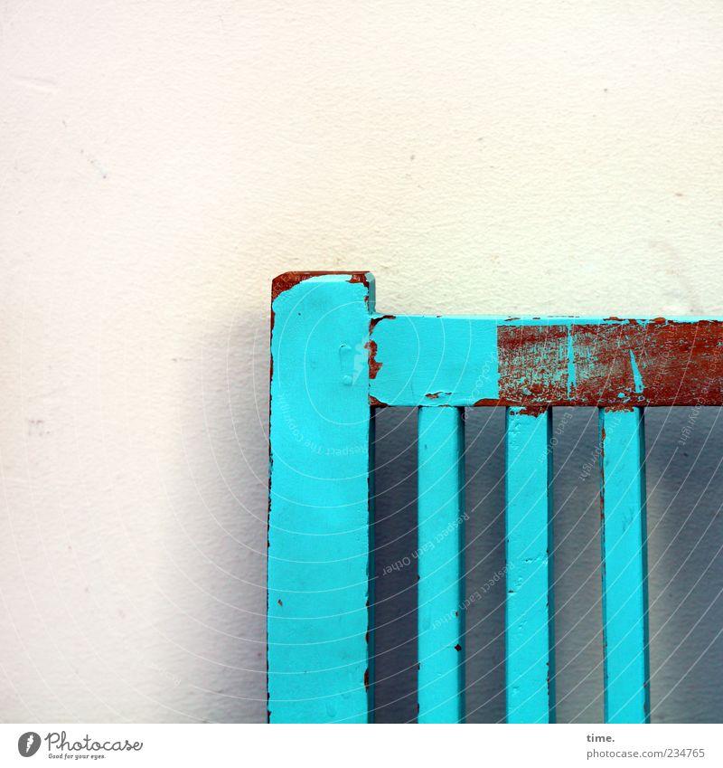 Sitzfang alt blau Farbe gelb Wand Holz Farbstoff außergewöhnlich Bank Möbel türkis Putz Lack abblättern hell-blau unvollendet