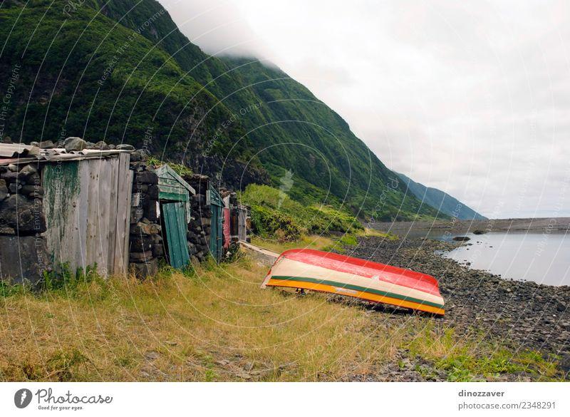 Boot in Faja, Insel Sao Jorge, Azoren schön Erholung Ferien & Urlaub & Reisen Tourismus Sommer Meer Natur Landschaft Himmel Horizont Felsen Küste See Dorf