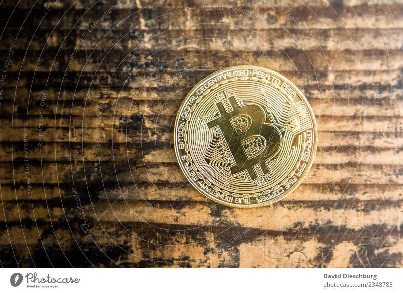 Bitcoin Wirtschaft Kapitalwirtschaft Business Fortschritt Zukunft High-Tech Telekommunikation Informationstechnologie Internet Metall Gold Zeichen