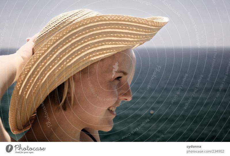 Meerluft Himmel Jugendliche schön Ferien & Urlaub & Reisen Meer Sommer ruhig Gesicht Erwachsene Erholung Leben Freiheit Luft Zeit Zufriedenheit Lifestyle