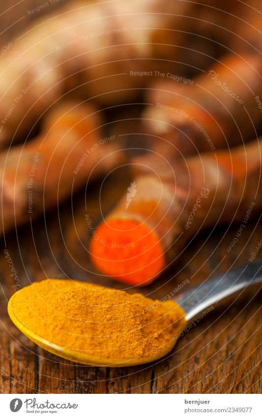 Kurkuma Holz Lebensmittel orange Ernährung Kräuter & Gewürze gut Bioprodukte Holzbrett Vegetarische Ernährung Wurzel Löffel rustikal Wahrheit Billig