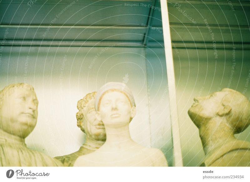 eva Regal maskulin feminin Skulptur Stein Metall alt beobachten Denken träumen ästhetisch außergewöhnlich Zusammensein historisch Originalität schön stark gelb