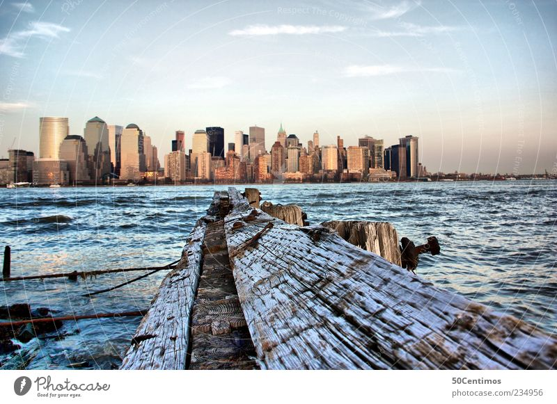 Skyline of New York City Downtown Ferien & Urlaub & Reisen Wasser Sommer Leben Holz Horizont Lifestyle Zufriedenheit Hochhaus Erfolg Tourismus Schönes Wetter Ausflug Beginn Fluss USA