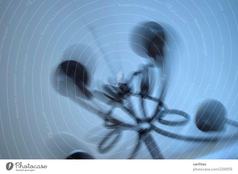 Durchgedreht blau dunkel Bewegung grau Zeit Hintergrundbild Angst Dekoration & Verzierung bedrohlich Vergänglichkeit geheimnisvoll drehen hängen Kette