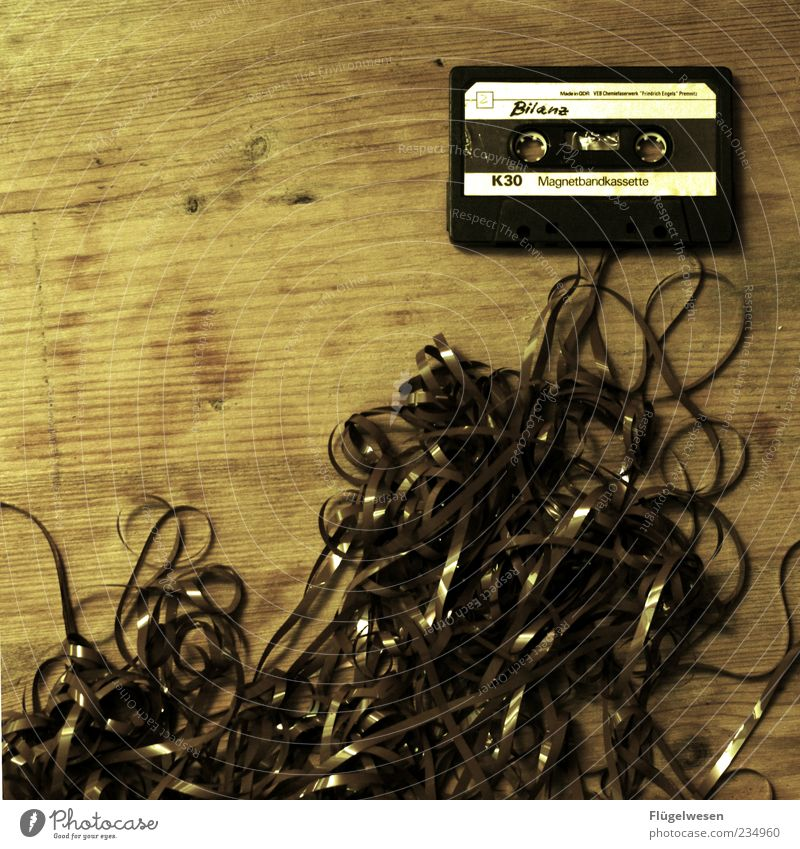 Unterm Strich Stil Musik Design Schriftzeichen kaputt Lifestyle durcheinander Tonband Musikkassette Genauigkeit Maserung Strukturen & Formen