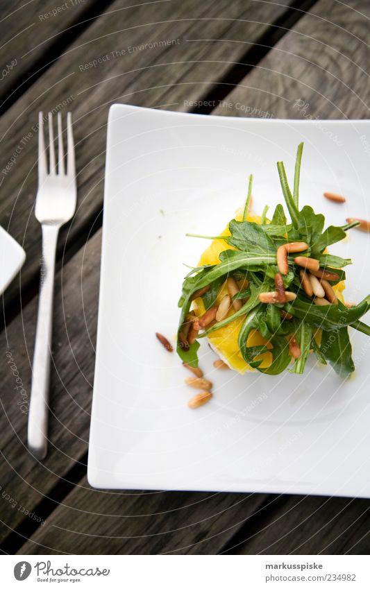 salat Lebensmittel Salat Salatbeilage Frucht Kräuter & Gewürze Öl Rucola Ernährung Mittagessen Abendessen Vegetarische Ernährung Diät Slowfood Mango Pinienkern
