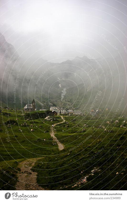 hänsels hexe hat angebaut ruhig Ferne Freiheit Berge u. Gebirge Umwelt Natur Landschaft Wolken Klima schlechtes Wetter Nebel Gras Hügel Felsen Alpen Alpstein