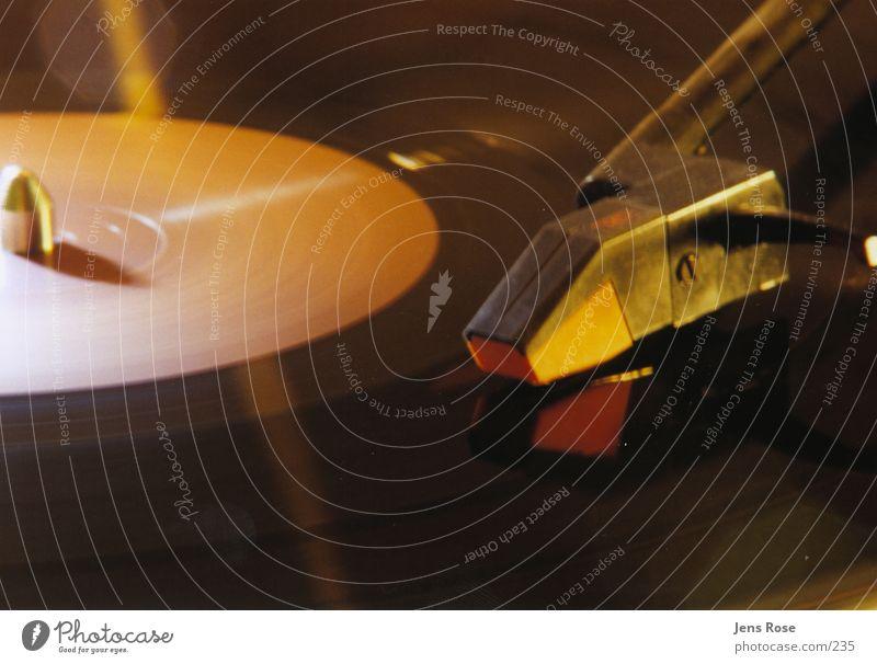 platte0.1 Schallplatte Diskjockey Club Licht Elektrisches Gerät Technik & Technologie Foyer ruhig Tanzen Plattenspieler Plattenteller